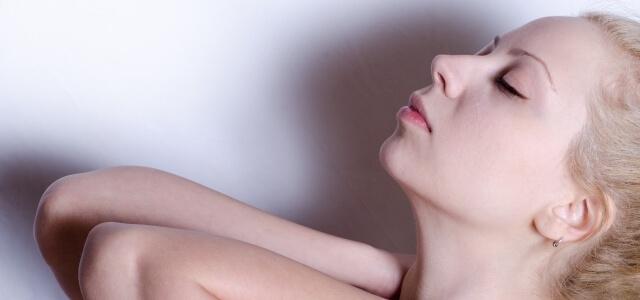 胸式呼吸のやり方